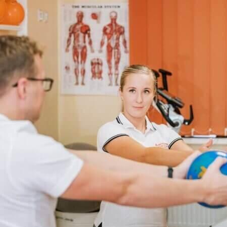 Füsioterapeut harjutused